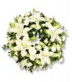 1 Corona, 12 Varas de Liliums/ 2 Flores por Tallo, Alstroemerias o Maule, Follaje